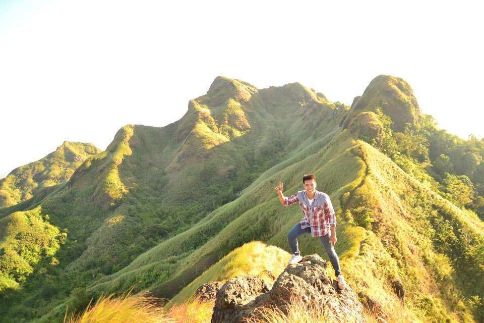 feelings day hike at mt. batulao