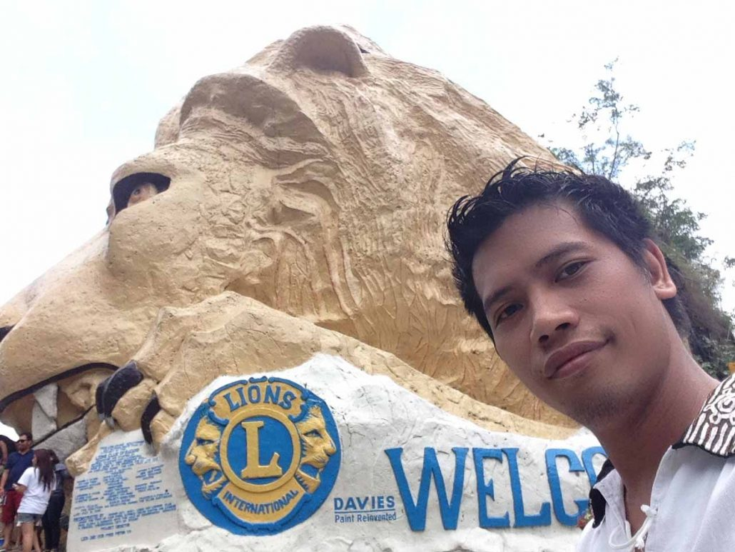 Baguio City Lions Head Kennon Road
